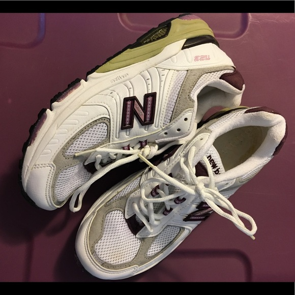 New Balance Shoes   1123 Motion Control